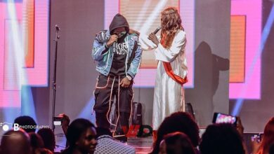 Photo of VIDEO: Medikal Performs With Mmebusem At 2019 4Syte TV Music Video Awards