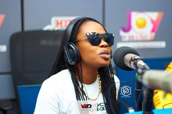 Photo of Show Me Love When I'm Alive – Abrewa Nana Tells Ghanaians