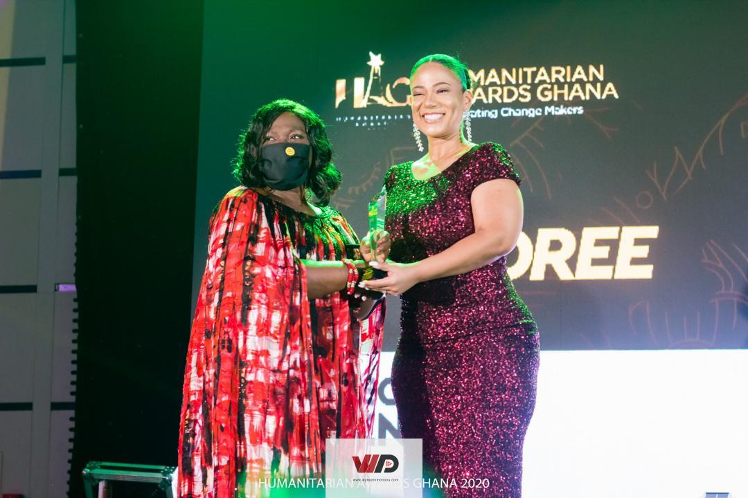 Photo of Mrs. Cecilia Lodonu-Senoo Receives Honorary Award At HAG 2020